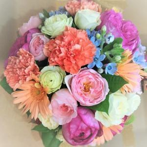 ブライダルのお花も…